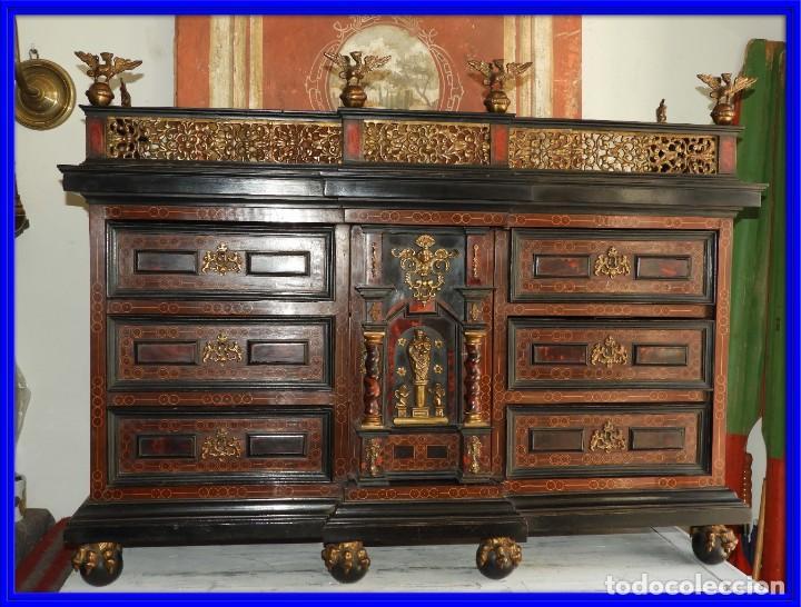FANTASTICO BARGUEÑO PAPELERO ITALIANO BARROCO S. XVIII (Antigüedades - Muebles Antiguos - Bargueños Antiguos)