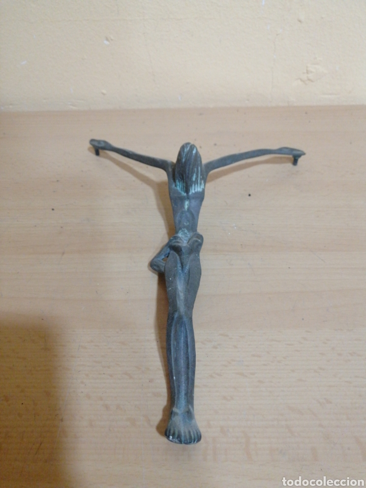 ANTIGUO CRUCIFIJO DE JESÚS DE BRONCE (Antigüedades - Religiosas - Crucifijos Antiguos)