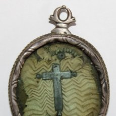 Antigüedades: RELICARIO DE PLATA SG XVIII - CRUZ Y VARIAS RELIQUIAS.. Lote 222720738