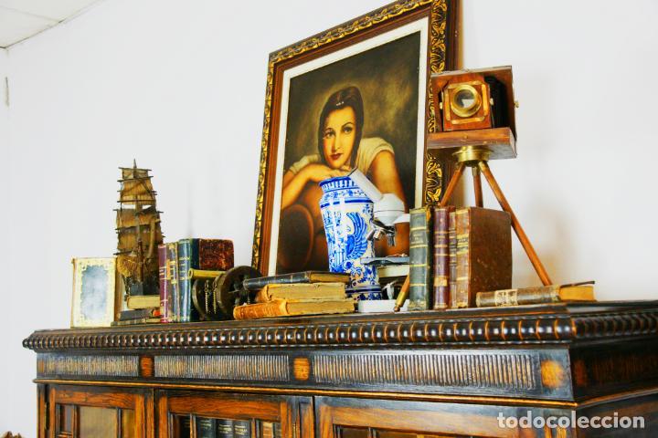 Antigüedades: Bella vitrina librería en madera noble. Cristales originales. 160 cm de alto x 173 cm de ancho. - Foto 11 - 222761766