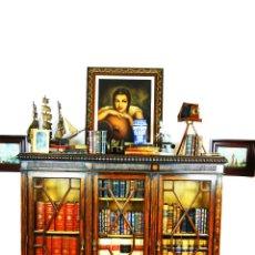 Antigüedades: BELLA VITRINA LIBRERÍA EN MADERA NOBLE. CRISTALES ORIGINALES. 160 CM DE ALTO X 173 CM DE ANCHO.. Lote 222761766