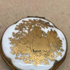 Antigüedades: CAJA DE PORCELANA LIMOGES FRANCE. Lote 222768986