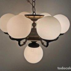 Antigüedades: LAMPARA TECHO 7 TULIPAS BOLA. Lote 222785857