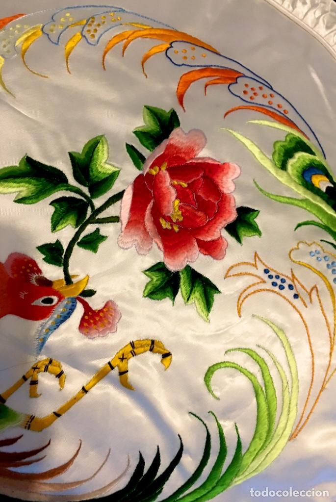 Antigüedades: Funda en seda natural bordada a mano - Foto 5 - 222797272