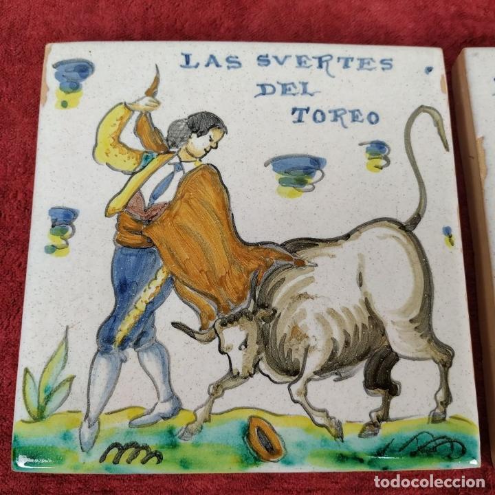 Antigüedades: TAUROMAQUIA. PAREJA DE AZULEJOS. TALAVERA (?). ESPAÑA. SIGLO XX - Foto 2 - 222797957