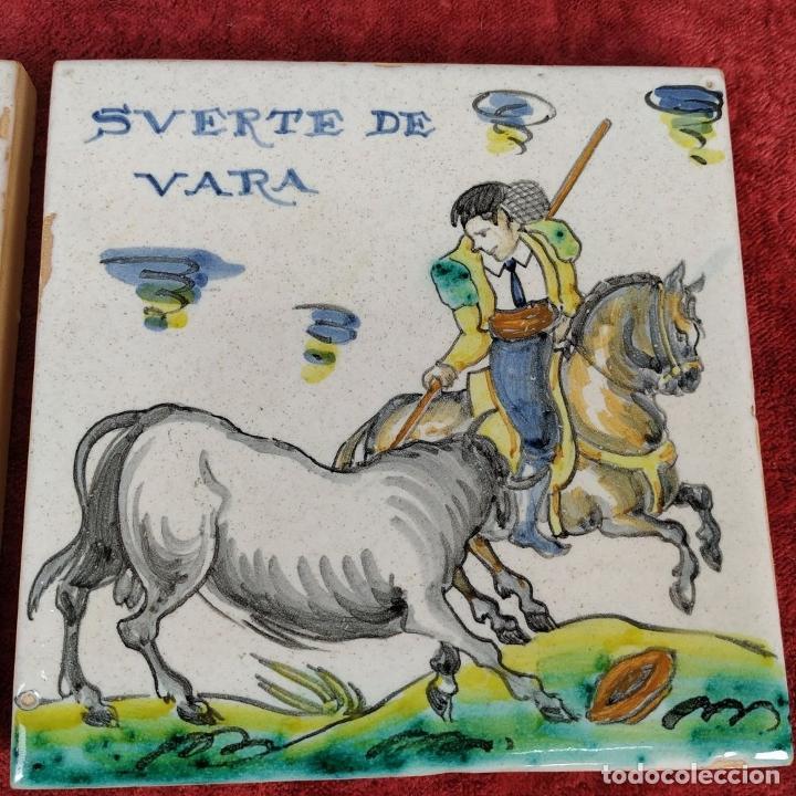 Antigüedades: TAUROMAQUIA. PAREJA DE AZULEJOS. TALAVERA (?). ESPAÑA. SIGLO XX - Foto 4 - 222797957