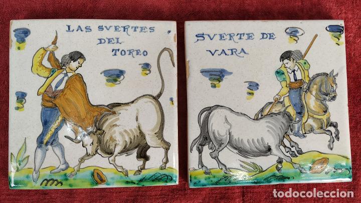 TAUROMAQUIA. PAREJA DE AZULEJOS. TALAVERA (?). ESPAÑA. SIGLO XX (Antigüedades - Porcelanas y Cerámicas - Azulejos)