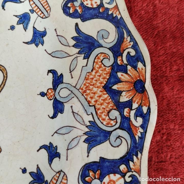 Antigüedades: PLATO EN CERAMICA DE DESVRES. CON EL ESCUDO DE LORIENT. FRANCIA. PRINCIPIO SIGLO XX - Foto 11 - 222799013