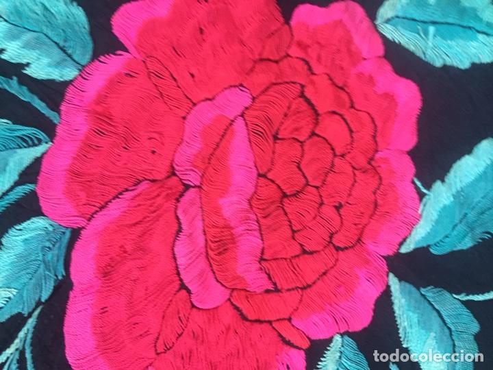 Antigüedades: Antiguo mantón de seda bordado a mano.Ppios siglo XX. - Foto 11 - 222807153