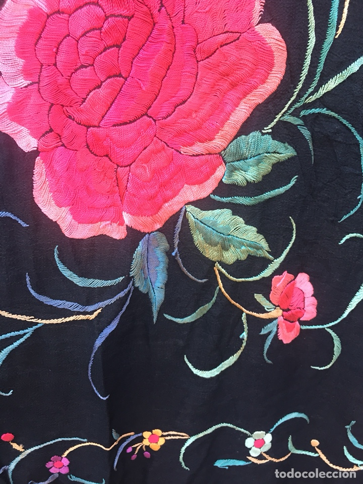 Antigüedades: Antiguo mantón de seda bordado a mano.Ppios siglo XX. - Foto 12 - 222807153