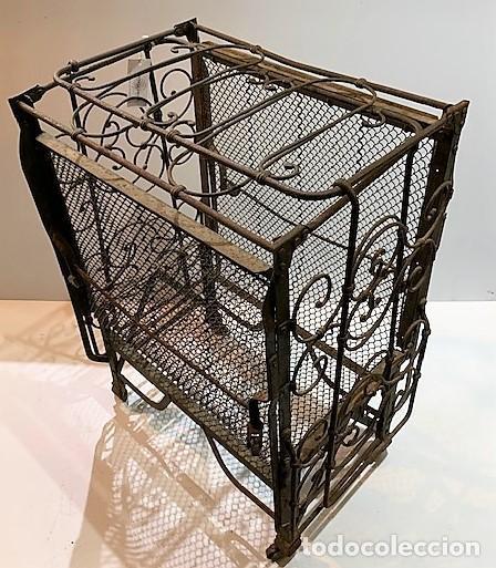Antigüedades: Cuna de hierro plegable. - Foto 6 - 222822348