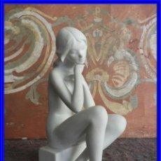 Antigüedades: PRECIOSA FIGURA DE PORCELANA BISCUIT GOEBEL GERMANY ESCULTOR A. RUIZ. Lote 222841302