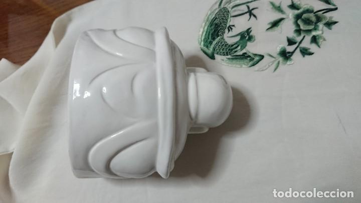 Antigüedades: BUDA DE PORCELANA BLANCA VIDRIADA - Foto 5 - 222843590