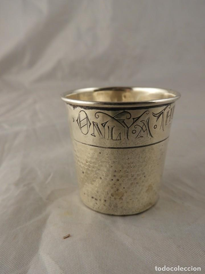 Antigüedades: VASO DEDAL DE PLATA AMERICANO ONLY A THIMBLE FULL DE WEBSTER CO. - Foto 2 - 222904418