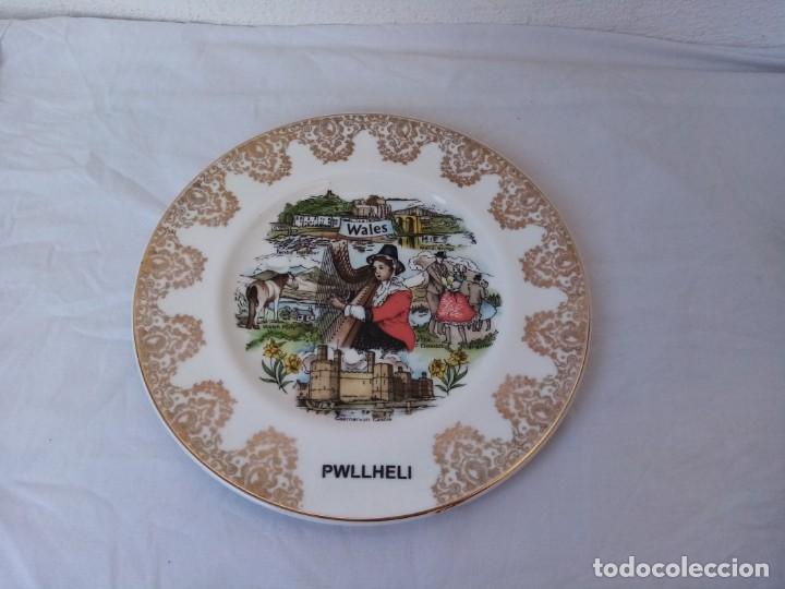 Antigüedades: Antiguo plato de postre PWLLHELI WALES PYRAMID POTTERY - Foto 6 - 222934698
