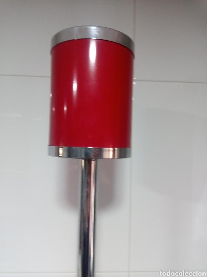 Antigüedades: Cenicero metálico de pie vintage. Años 70. - Foto 2 - 222996325