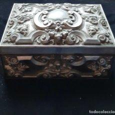 Antigüedades: ANTIGUO JOYERO ORNAMENTADO ~ ANTIQUE ORNATED CASKET JEWELRY BOX. Lote 26267448