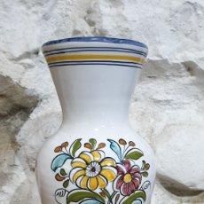 Antigüedades: JARRON DE CERÁMICA DE TALAVERA EL CARMEN PINTADO A MANO. Lote 223009352
