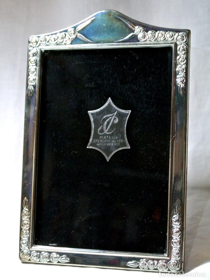 Antigüedades: MARCO DE PLATA PARA FOTO FIRMADA DE AUTOR ISABEL CABANILLAS ,LEY .925, 16.3 cms X 10.8 CMS - Foto 3 - 223072296