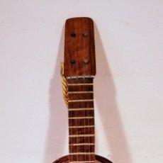 Antigüedades: CAJA DE MUSICA. - GUITARRA ESPAÑOLA - MELODIA : CHIN, CHIN, CHERIE... ENVIO CERTIFICADO INCLUIDO.. Lote 223244768