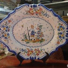 Antigüedades: BONITO PLATO DE CERAMICA LARIO. Lote 223308831