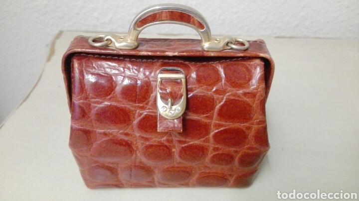 Antigüedades: Coleccion de 4 bolsos italianos en piel sello de garantia en el interior, miniatura. - Foto 2 - 223478827