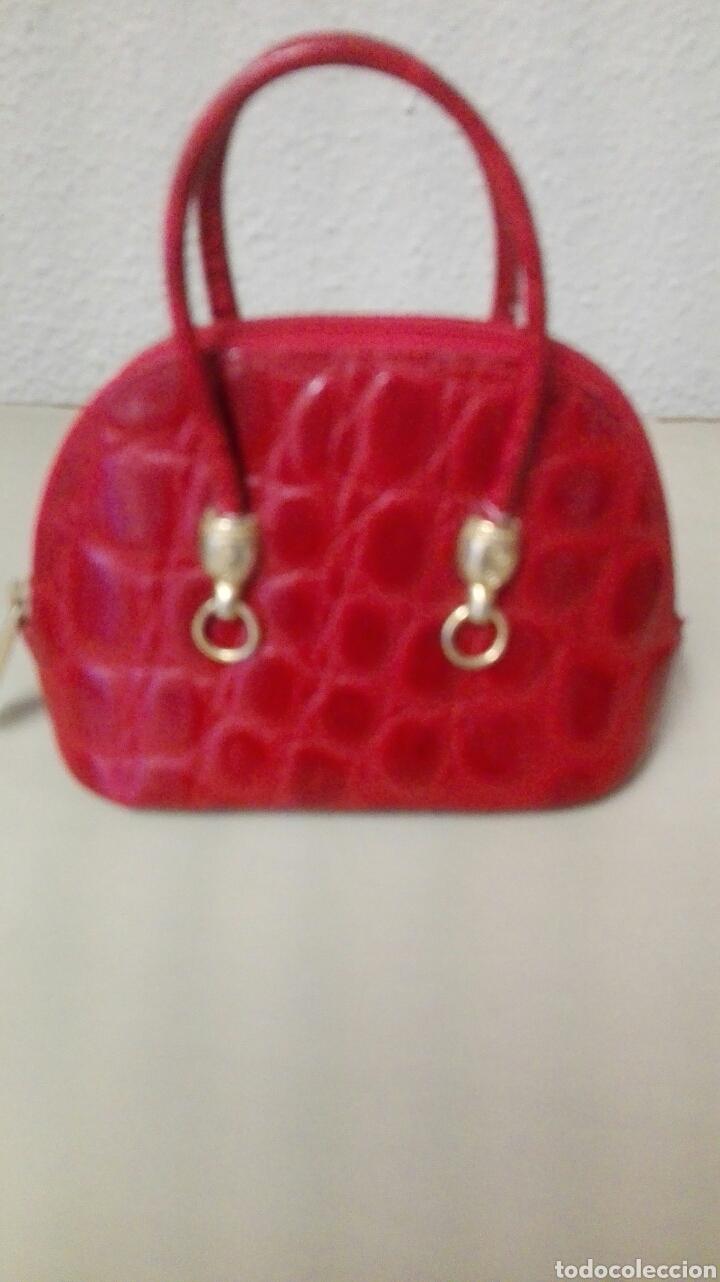 Antigüedades: Coleccion de 4 bolsos italianos en piel sello de garantia en el interior, miniatura. - Foto 5 - 223478827