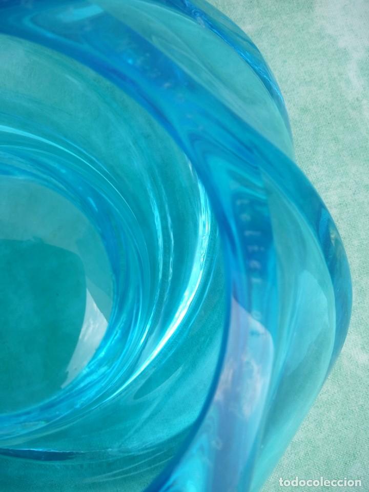 Antigüedades: Precioso portavelas de cristal de murano color turquesa forma de remolino, gino vistosi,para nestlé - Foto 6 - 223508096