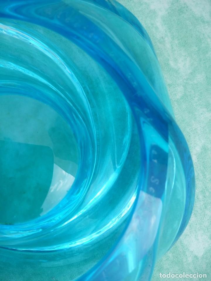 Antigüedades: Precioso portavelas de cristal de murano color turquesa forma de remolino, gino vistosi,para nestlé - Foto 7 - 223508096