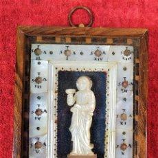 Antigüedades: RELICARIO DEL VIA CRUCIS CON RELIEVE DE MARIA MAGDALENA. NÁCAR TALLADO. EUROPA. XIX. Lote 223595562