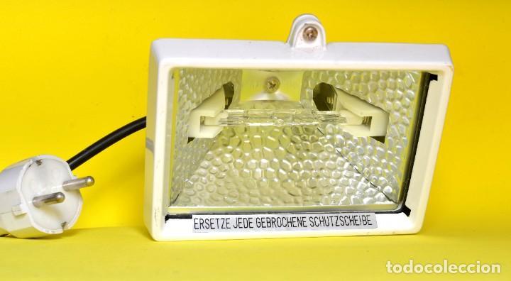 HALÓGENO ALEMÁN 150W 220V CON ENCHUFE (Antigüedades - Iluminación - Otros)