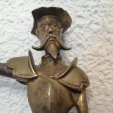Antigüedades: ANTIGUA FIGURA DE DON QUIJOTE DE LA MANCHA REALIZADA EN BRONCE. Lote 223669830