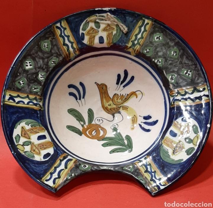 PUENTE DEL ARZOBISPO. BACÍA DE BARBERO, ALFAR DEL RÍO. (Antigüedades - Porcelanas y Cerámicas - Puente del Arzobispo )