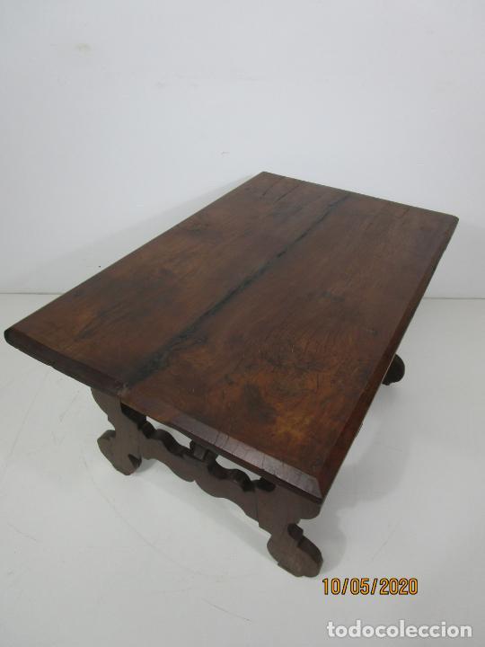 Antigüedades: Antigua mesa de centro Pata de lira - Foto 2 - 223678728