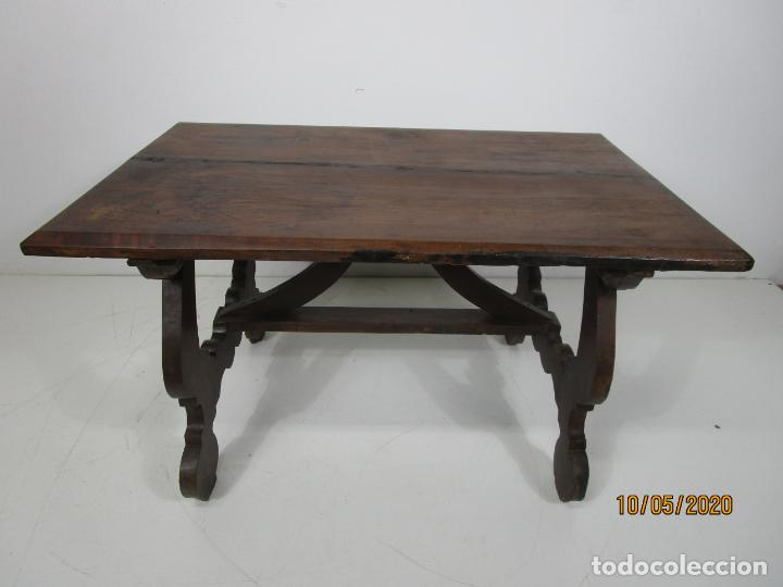 Antigüedades: Antigua mesa de centro Pata de lira - Foto 4 - 223678728