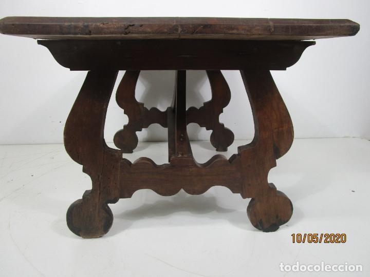 Antigüedades: Antigua mesa de centro Pata de lira - Foto 6 - 223678728