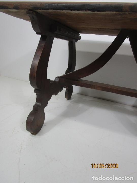 Antigüedades: Antigua mesa de centro Pata de lira - Foto 9 - 223678728