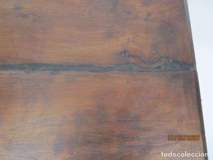 Antigüedades: Antigua mesa de centro Pata de lira - Foto 11 - 223678728