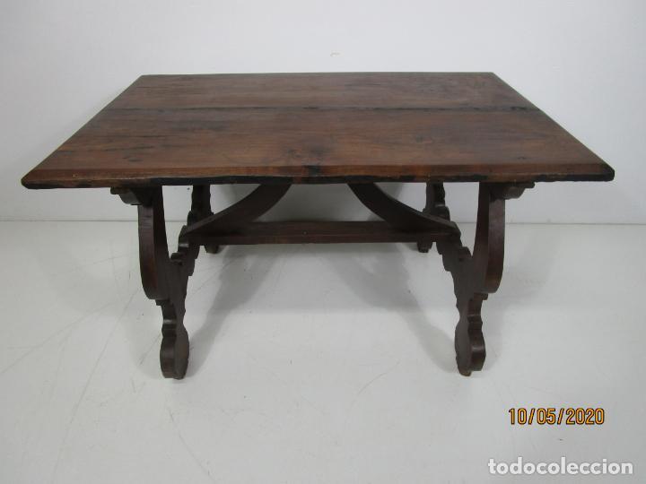 Antigüedades: Antigua mesa de centro Pata de lira - Foto 14 - 223678728