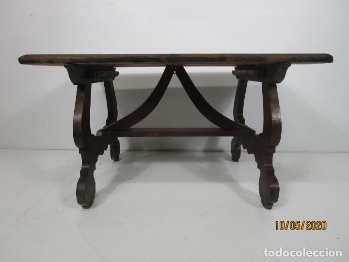 Antigüedades: Antigua mesa de centro Pata de lira - Foto 15 - 223678728