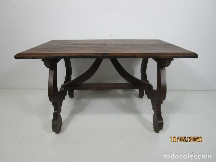 Antigüedades: Antigua mesa de centro Pata de lira - Foto 18 - 223678728