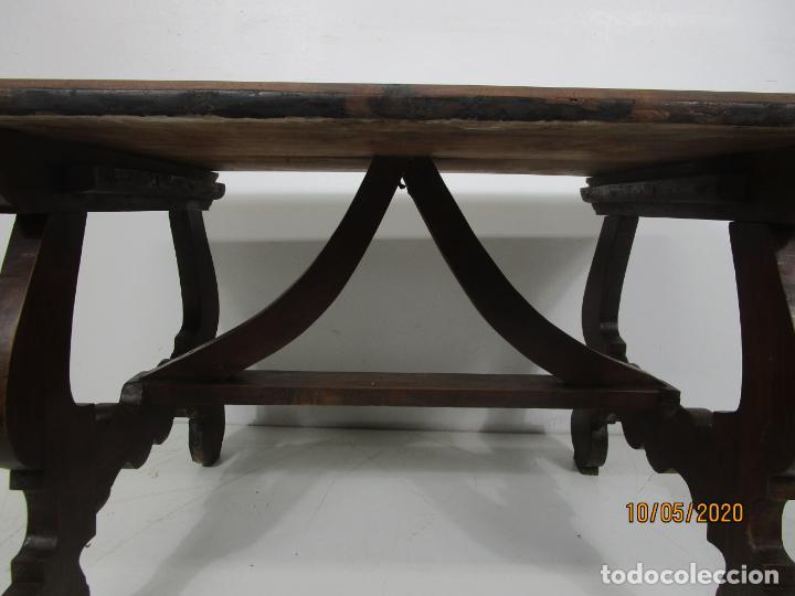 Antigüedades: Antigua mesa de centro Pata de lira - Foto 21 - 223678728