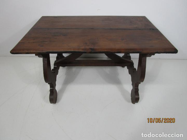 Antigüedades: Antigua mesa de centro Pata de lira - Foto 24 - 223678728