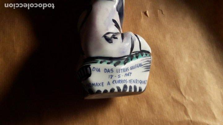 Antigüedades: Castro - Sargadelos: Homenaje a Curros Enríquez. Día de las Letras Gallegas 1967 Pintada a mano - Foto 5 - 223769873