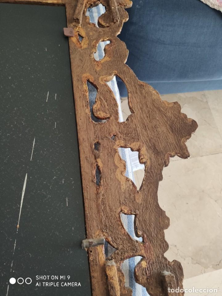 Antigüedades: ESPEJO CORNUCOPIA, MADERA TALLADA A MANO Y PAN DE ORO ESTILO BARROCO SIGLO XIX, TAMAÑO GRANDE. - Foto 11 - 219098446