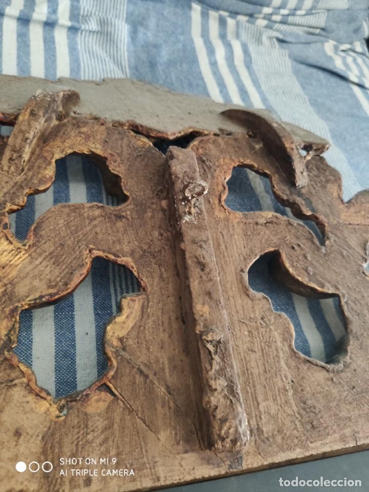 Antigüedades: ESPEJO CORNUCOPIA, MADERA TALLADA A MANO Y PAN DE ORO ESTILO BARROCO SIGLO XIX, TAMAÑO GRANDE. - Foto 20 - 219098446