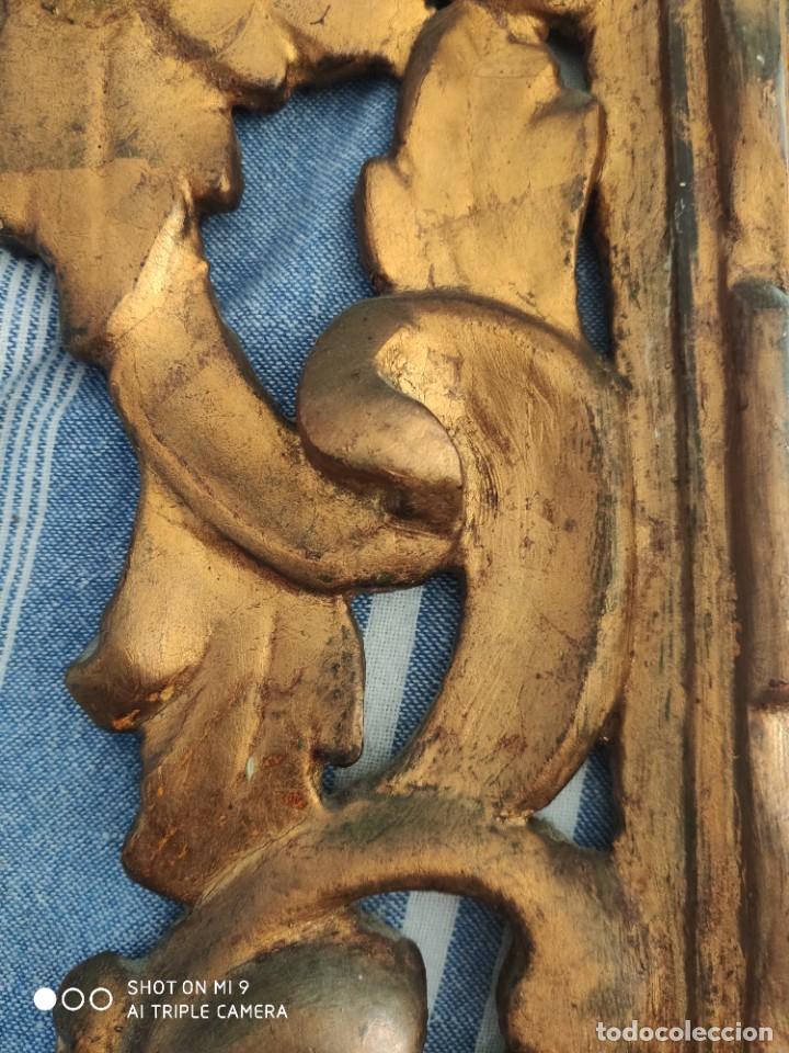 Antigüedades: ESPEJO CORNUCOPIA, MADERA TALLADA A MANO Y PAN DE ORO ESTILO BARROCO SIGLO XIX, TAMAÑO GRANDE. - Foto 24 - 219098446