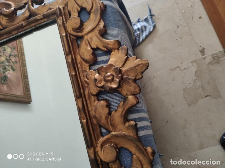 Antigüedades: ESPEJO CORNUCOPIA, MADERA TALLADA A MANO Y PAN DE ORO ESTILO BARROCO SIGLO XIX, TAMAÑO GRANDE. - Foto 32 - 219098446