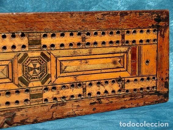 ANTIGUA Y PRECIOSA TAPA DE MADERA - MARQUETERÍA - JUEGO - INCENSARIO - AMBIENTADOR - DECORACIÓN (Antigüedades - Varios)