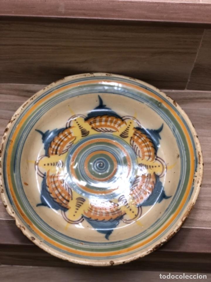 Antigüedades: INUSUAL PLATO EN CERÁMICA DE TRIANA ( SEVILLA) - Foto 5 - 223870315